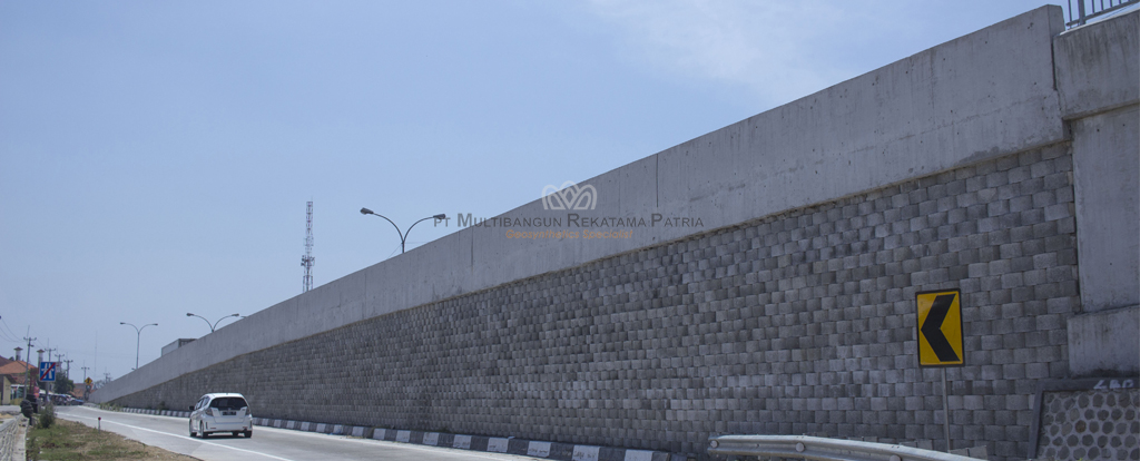 Retaining Wall System