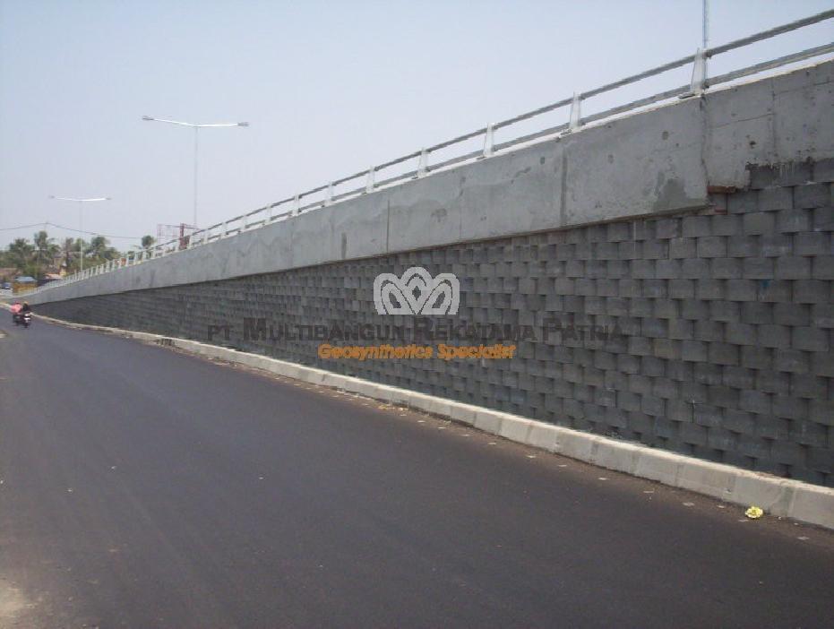 Frontage Jembatan Pamanukan