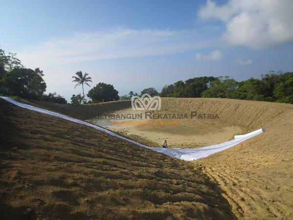 Geotextile Pembangunan Embung Kele, Kuanfatu, Kab Timor Tengah Selatan, prop NTT 02
