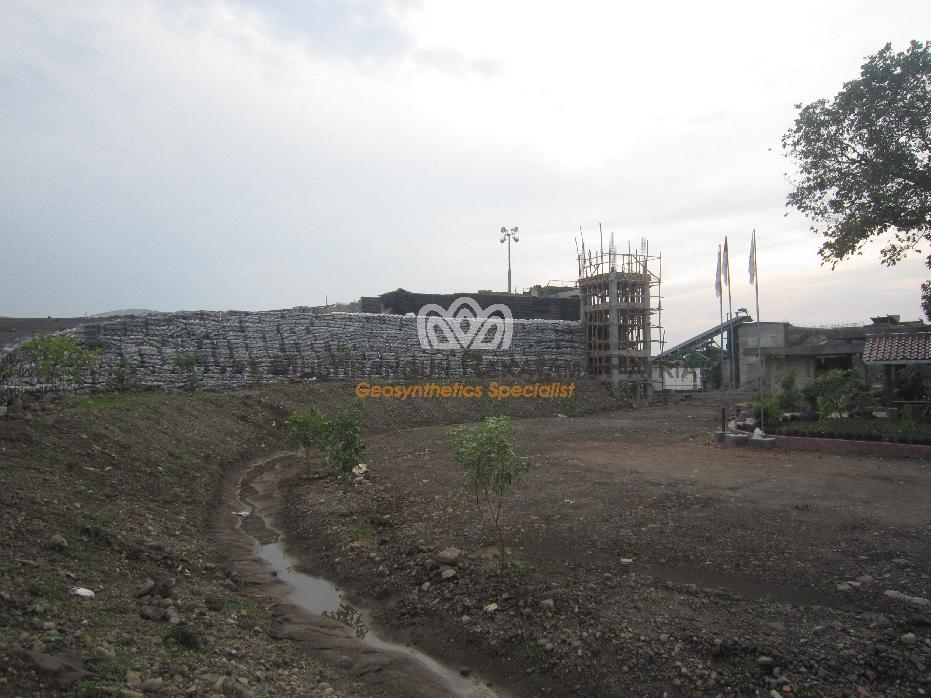 05 Wrap-Around Dinding Penahan Tanah Crusher Plant Sumedang JaBar