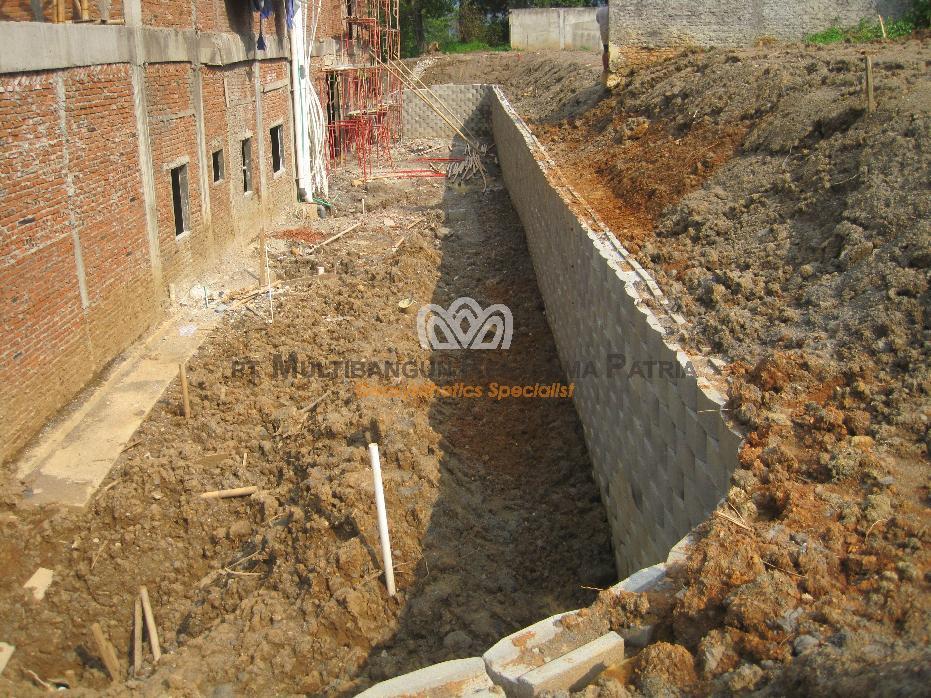 Pembuatan Dinding Penahan Tanah Perumahan Northridge Sentul 05